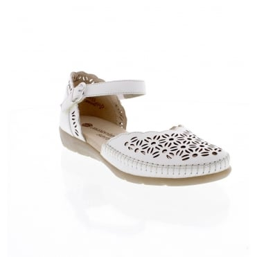 D1916-80 Ladies white shoe